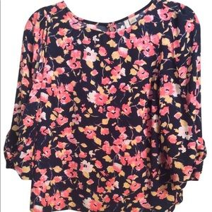 4 for $25 LC Floral blouse